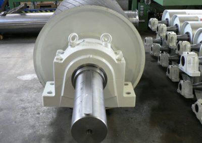 Tamburi per movimentazione sfusi comando diam1200 x 2500 mm gommatura vulcanizzata a caldo lisca di pesce completo di supporti
